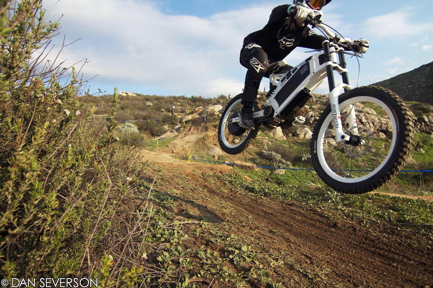 DH / Moto Hybrid? - danseverson photo - Mountain Biking Pictures - Vital MTB