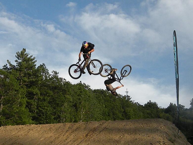 Teva best trick session at Highland - stuntfiend - Mountain Biking Pictures - Vital MTB