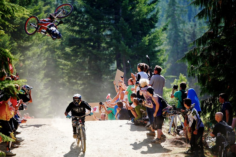 Hold on! - Michael Overbeck Photography - Mountain Biking Pictures - Vital MTB