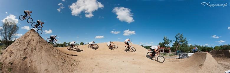 Szaman turning - piotrkaczmarczyk - Mountain Biking Pictures - Vital MTB