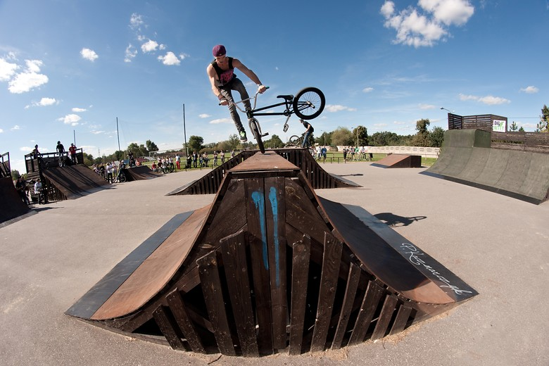 Tailspin by Skater - piotrkaczmarczyk - Mountain Biking Pictures - Vital MTB
