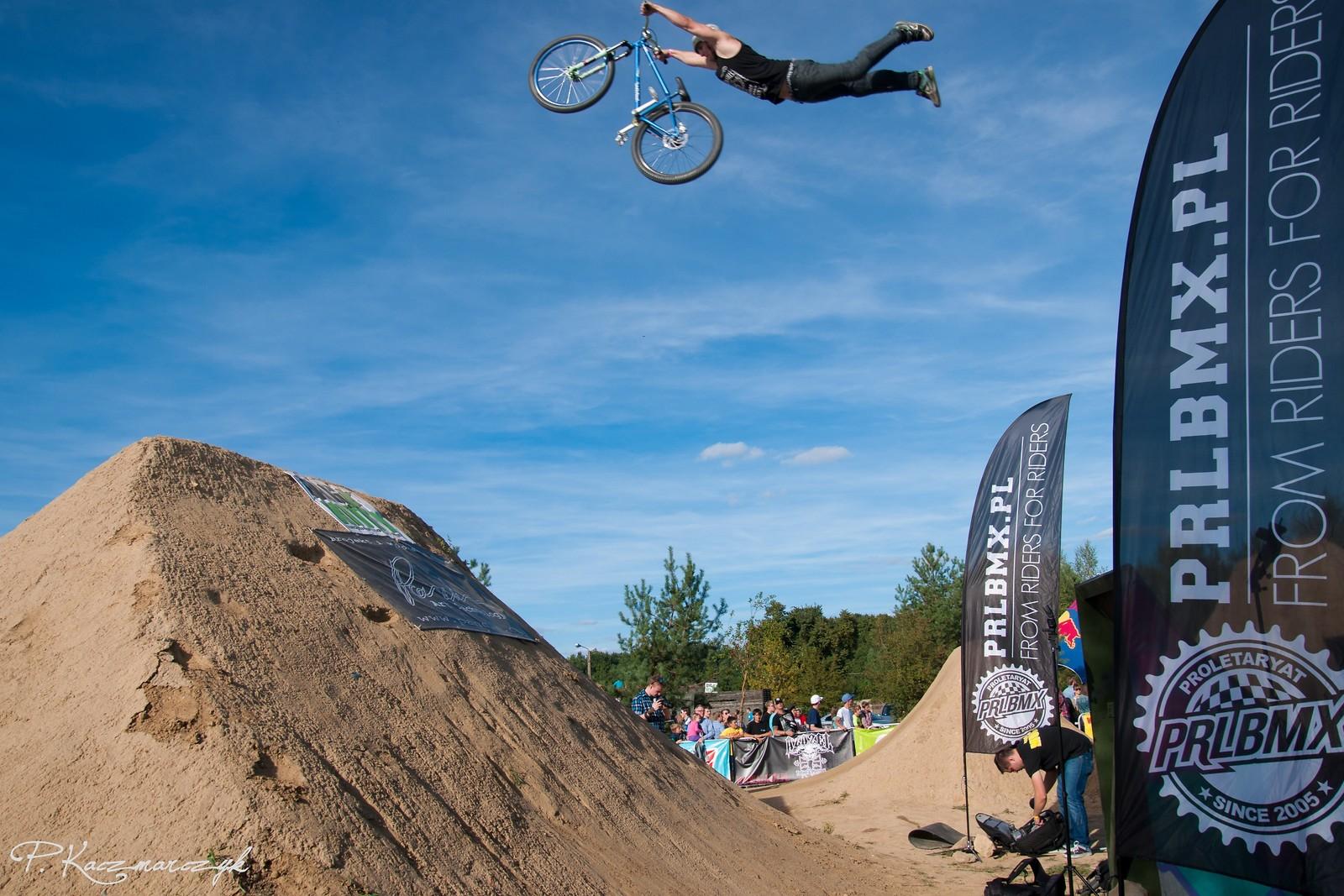 Superman by Piotr Kraja Krajewski - piotrkaczmarczyk - Mountain Biking Pictures - Vital MTB