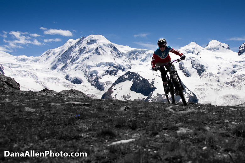 mountain bike backgrounds