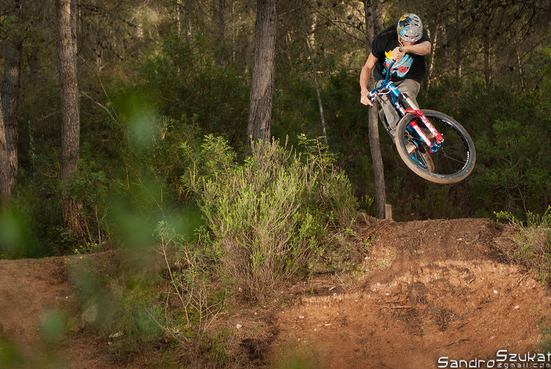 Style - Freeride  - Ridingspirit - Mountain Biking Pictures - Vital MTB
