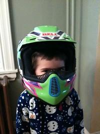 S200x600_helmet