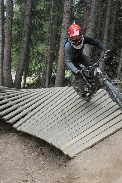 Shred - Huttron - Mountain Biking Pictures - Vital MTB