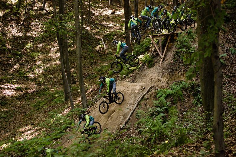 360 drop - Kawula - Mountain Biking Pictures - Vital MTB