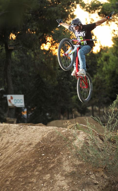 tuck no .Kostantinos Poulopoulos - kos - Mountain Biking Pictures - Vital MTB