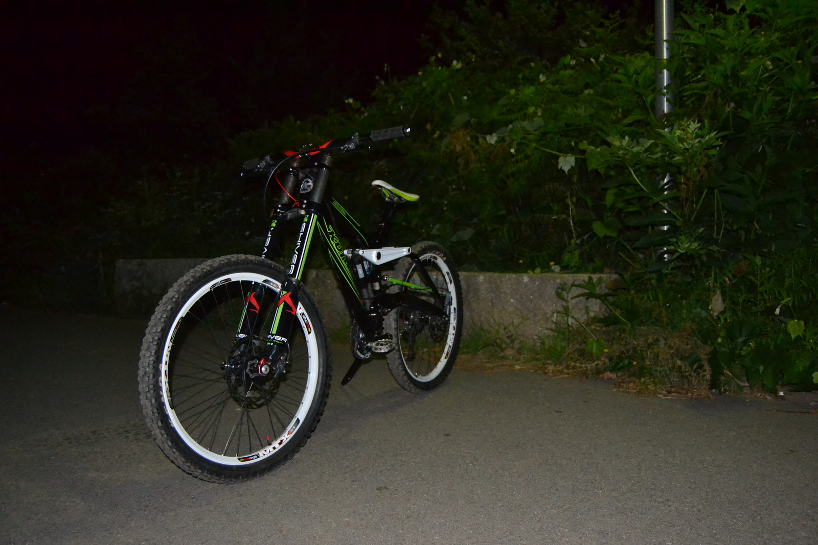 Kona Stab 2010 - sadfusde - Mountain Biking Pictures - Vital MTB