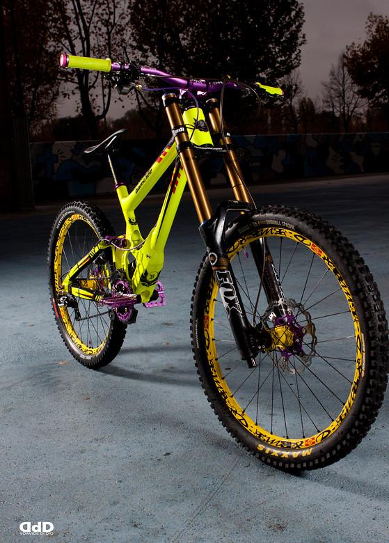 Banshee Legend Mkii 2013 Fluo Purple Marci0 S Bike Check
