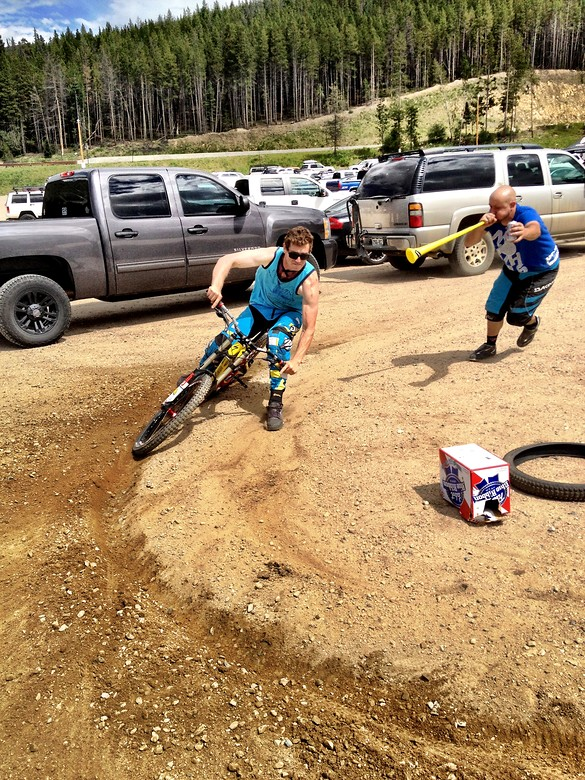 Colorado Freeride Fest: Parking Lot Pit Race - davetrumpore - Mountain Biking Pictures - Vital MTB