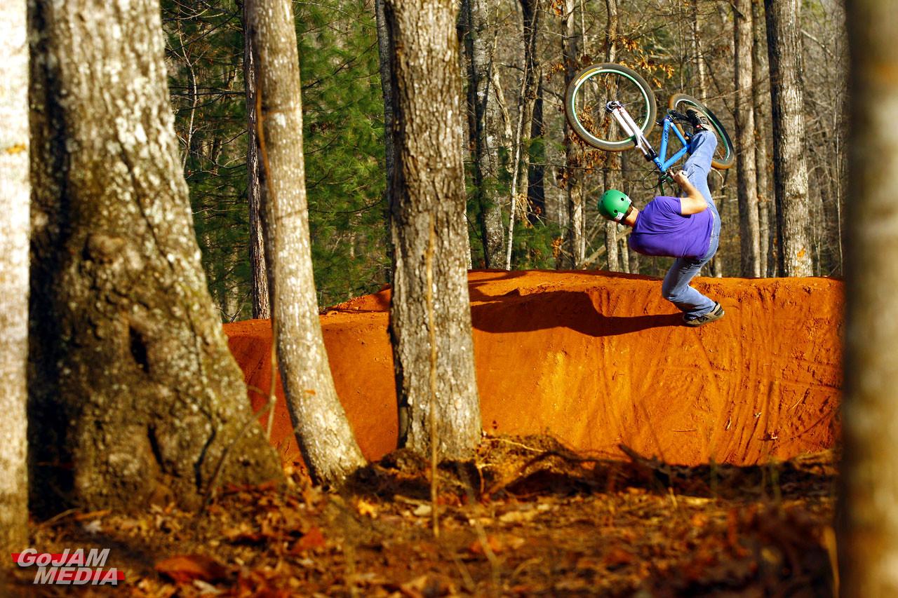Skate Park? NO!  - gojammedia - Mountain Biking Pictures - Vital MTB
