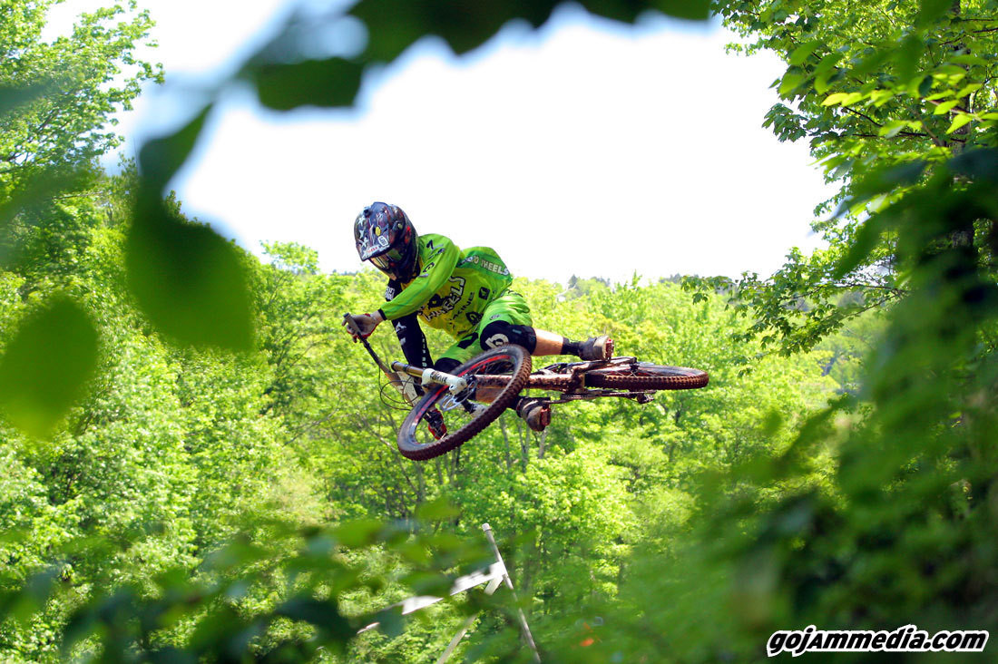 Mojo Wheels Racing - gojammedia - Mountain Biking Pictures - Vital MTB