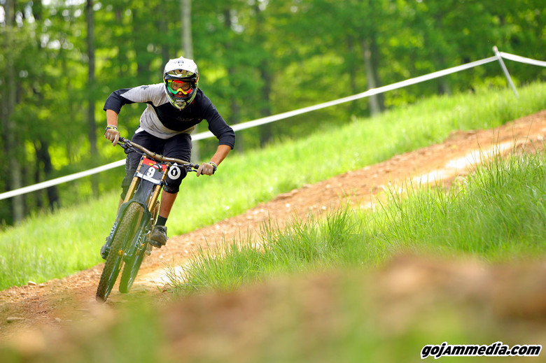 Mike Thomas - gojammedia - Mountain Biking Pictures - Vital MTB