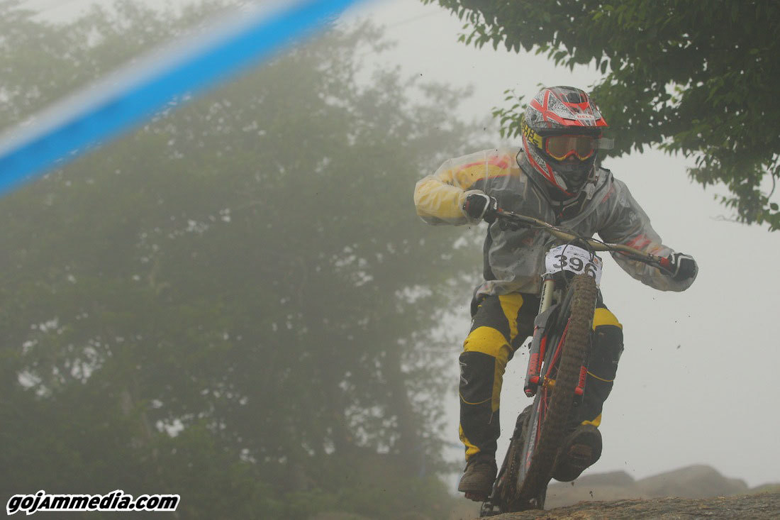 Heck No, I Can't Get My GROM Jersey Dirty - gojammedia - Mountain Biking Pictures - Vital MTB