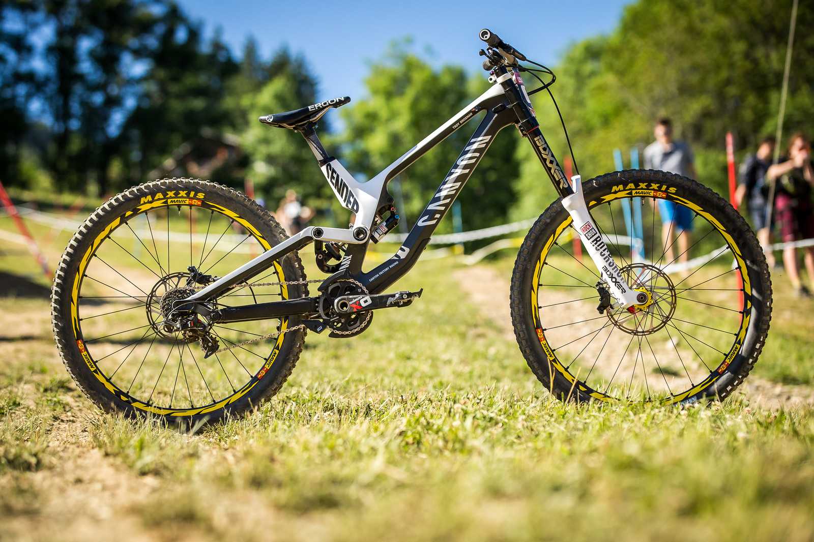 WINNING BIKE: Troy Brosnan's Canyon Sender - WINNING BIKE: Troy Brosnan's Canyon Sender - Mountain Biking Pictures - Vital MTB