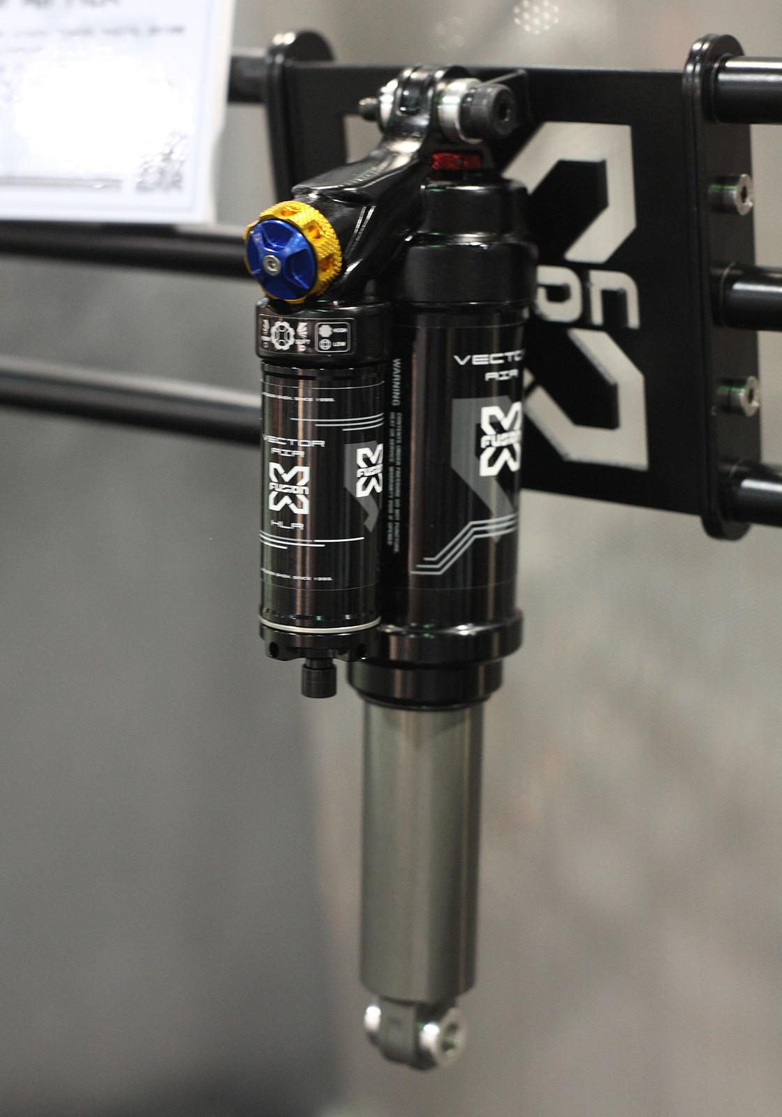 X-Fusion Vector HLR Air Shock - Interbike: X-Fusion Shox - Mountain Biking Pictures - Vital MTB