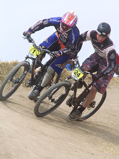 Eric Carter and Cam Zink - Sea Otter Classics, 2004 - Mountain Biking Pictures - Vital MTB