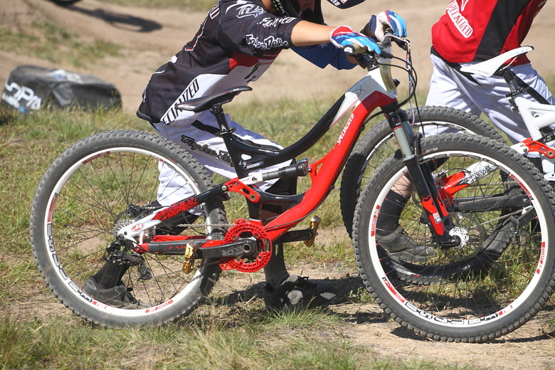 Troy Brosnan's Specialized SX - Pro Dual Slalom Bikes at Sea Otter 2012 - Mountain Biking Pictures - Vital MTB