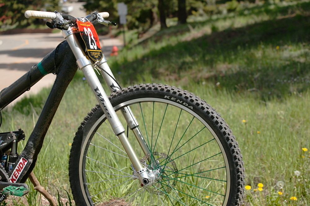 Modified White Brothers Inverted Downhill Fork - BCD's Carbon 29er Downhill Bike from 2007 - Mountain Biking Pictures - Vital MTB