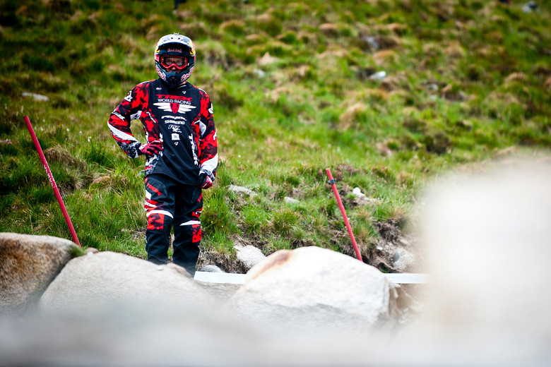 The Rocks are Trembling Under Aaron Gwin - 2012 UCI World Cup, Fort WIlliam Scotland, Day 2 - Mountain Biking Pictures - Vital MTB