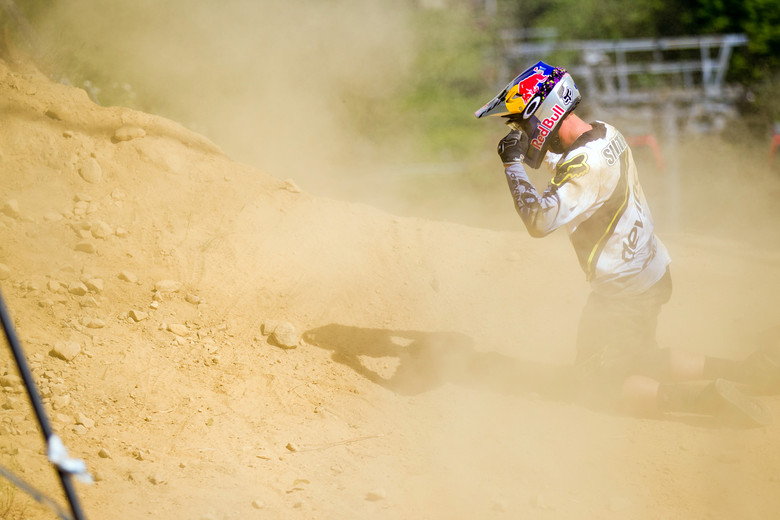 A Rough Day for Steve Smith at MSA - 2012 UCI World Cup, Mont Sainte Anne, Day 2 - Mountain Biking Pictures - Vital MTB