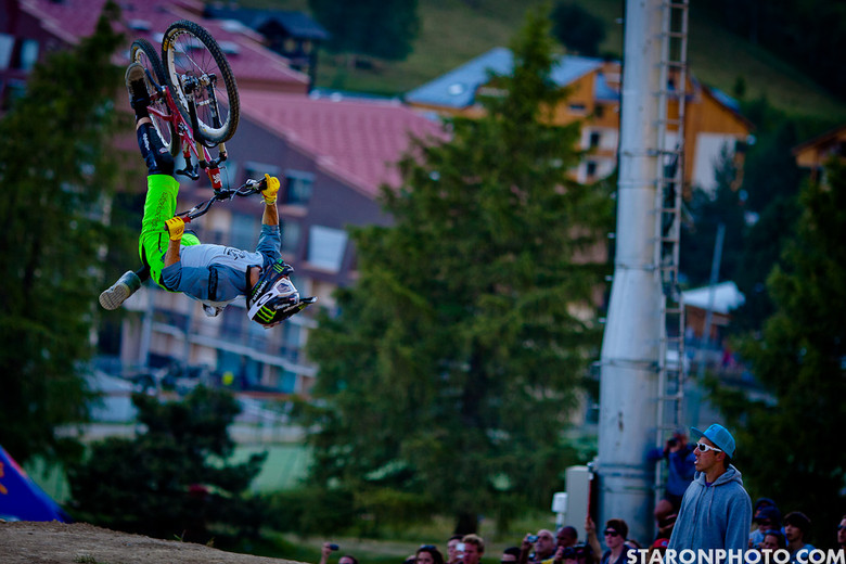 Cam Zink Wins Dual Speed and Style at Crankworx Europe - Cam Zink Wins Speed and Style at Crankworx Les 2 Alpes - Mountain Biking Pictures - Vital MTB