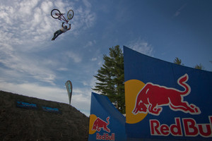 Yannick Granieri Wins the Teva Best Trick at Claymore Challenge