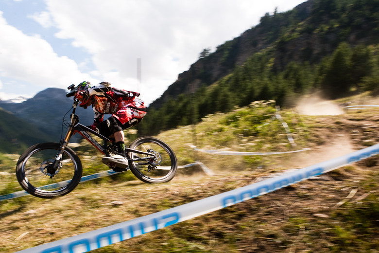 Steve Peat Maching at Val d'Isere World Cup - 2012 UCI World Cup, Val d'Isere, France, Day 2 - Mountain Biking Pictures - Vital MTB