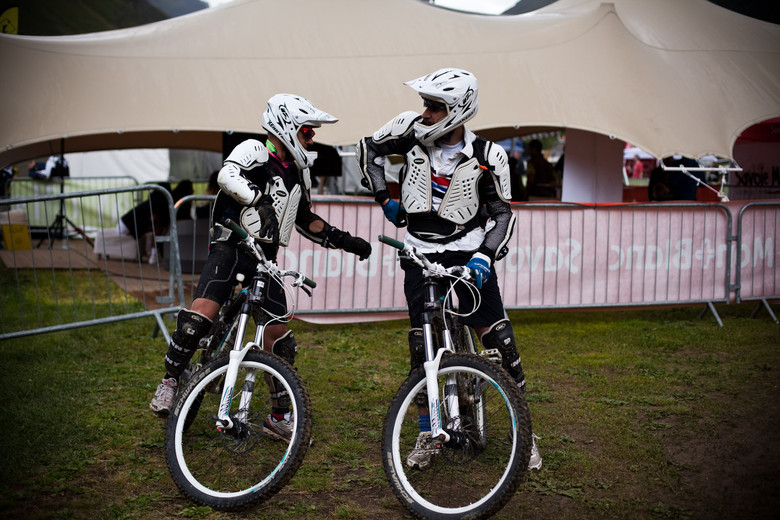 We Have a Winner of the Caption Contest - Caption Contest - Be Funny, Win MTB Stuff - Mountain Biking Pictures - Vital MTB