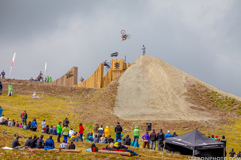 Nine Knights Slopestyle Contest Finals - Nine Knights Slopestyle Finals - Mountain Biking Pictures - Vital MTB