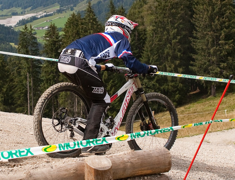 Labyrinth Minotaur Bottomed Out at World Champs - G-Out Project: WORLD CHAMPS IN LEOGANG! - Mountain Biking Pictures - Vital MTB