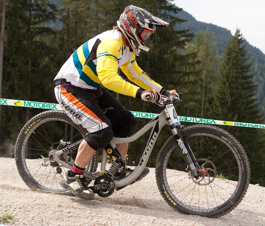 Kona Supreme Operator Bottomed Out at Leogang - G-Out Project: WORLD CHAMPS IN LEOGANG! - Mountain Biking Pictures - Vital MTB