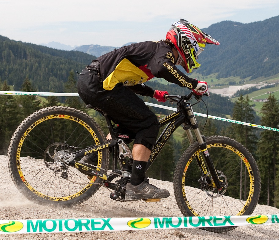 Pivot Phoenix Bottomed Out at World Champs - G-Out Project: WORLD CHAMPS IN LEOGANG! - Mountain Biking Pictures - Vital MTB