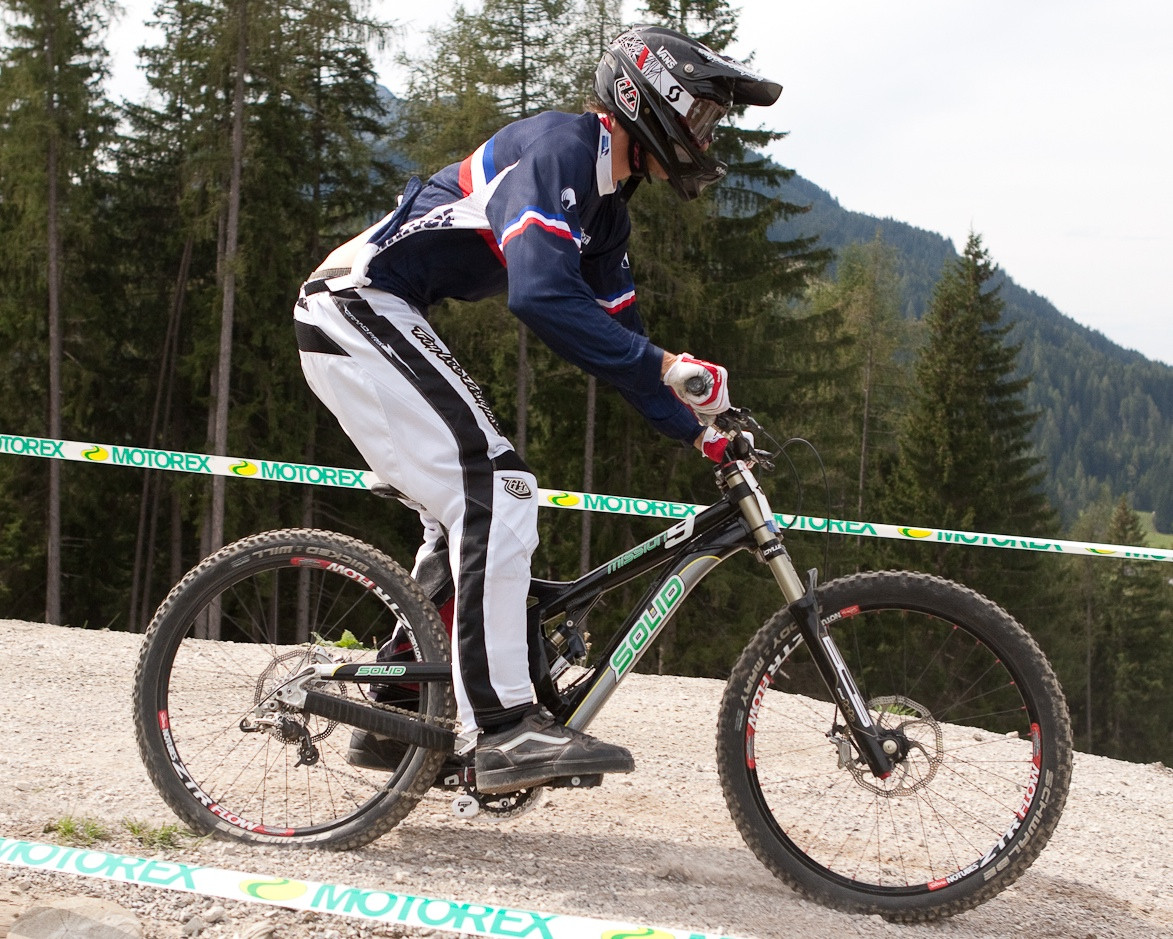 Solid Mission 9 Bottom Out - G-Out Project: WORLD CHAMPS IN LEOGANG! - Mountain Biking Pictures - Vital MTB