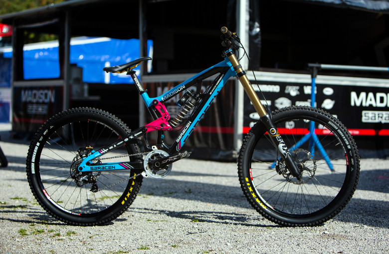 Manon Carpenter's World Champs Saracen Myst Team DH Bike - New Kits and Gear for 2012 World Championships - Mountain Biking Pictures - Vital MTB
