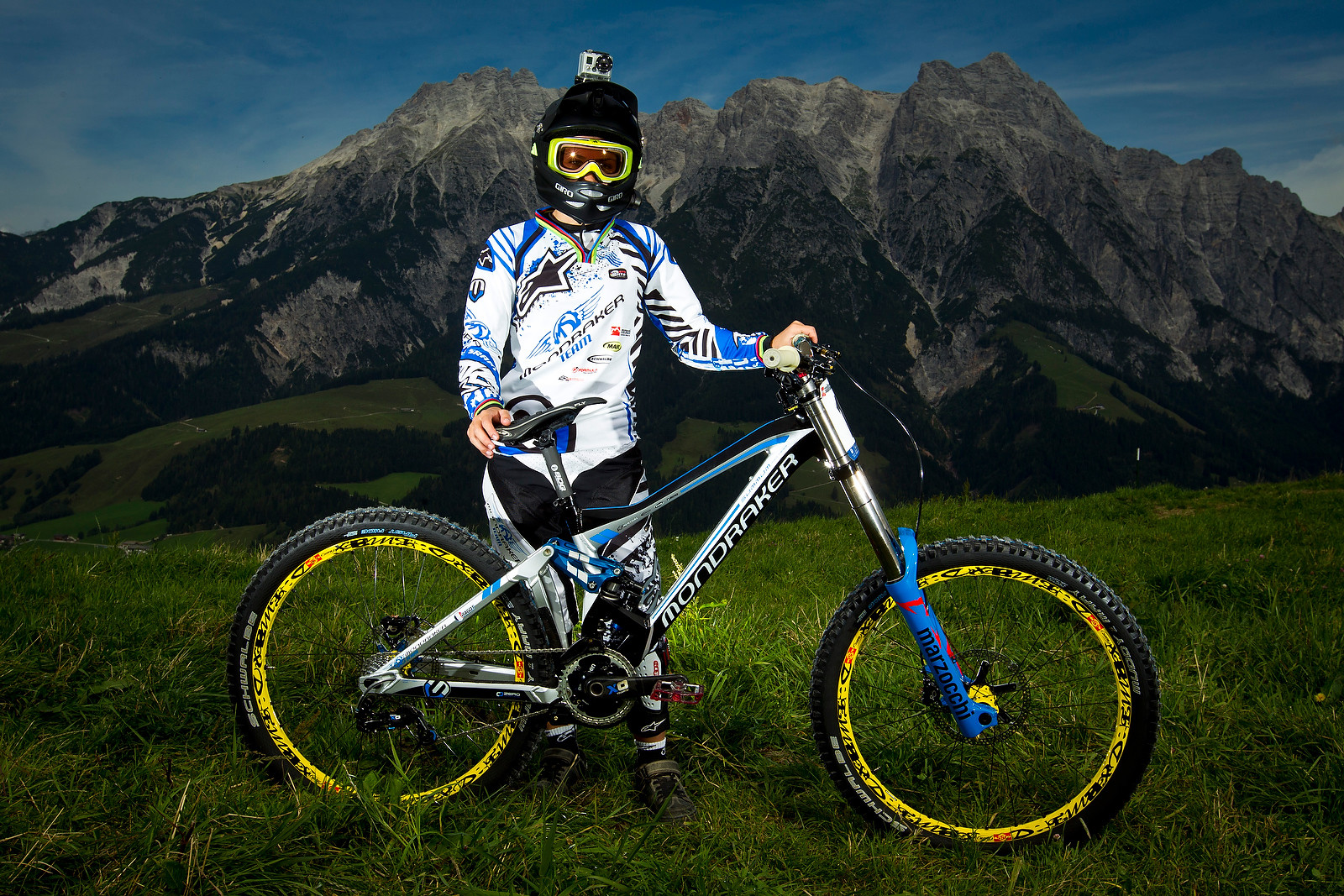 Emmeline Ragot with her Mondraker Summum - World Championships Riders and Bikes - Mountain Biking Pictures - Vital MTB
