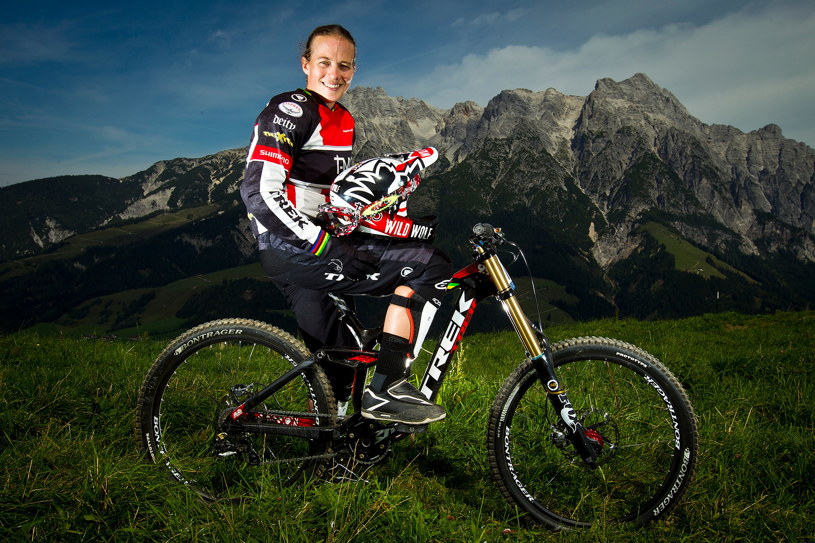 Tracy Moseley with her Trek Session 9.9 - World Championships Riders and Bikes - Mountain Biking Pictures - Vital MTB