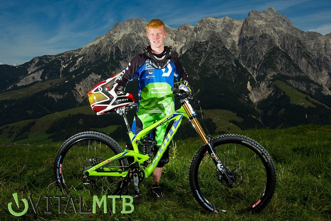 Is Noel Niederberger Really Small? - How Did You Miss It? - Mountain Biking Pictures - Vital MTB