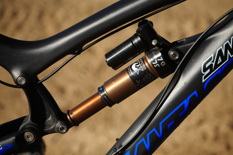 Prototype Fox Rear Shox - Santa Cruz Nomad Carbon with Prototype Fox Suspension - Mountain Biking Pictures - Vital MTB