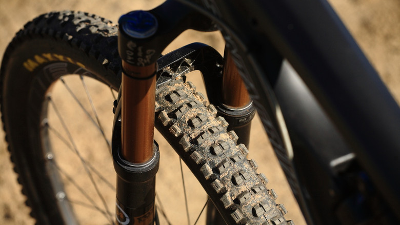Real-Life Tires - Santa Cruz Nomad Carbon with Prototype Fox Suspension - Mountain Biking Pictures - Vital MTB
