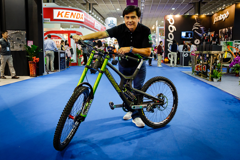 2013 Taipei Bike Show - DVO Suspension Test Bike - 2013 Taipei Bike Show Day 1 - DVO, X-Fusion, iXS, Evoc and more - Mountain Biking Pictures - Vital MTB