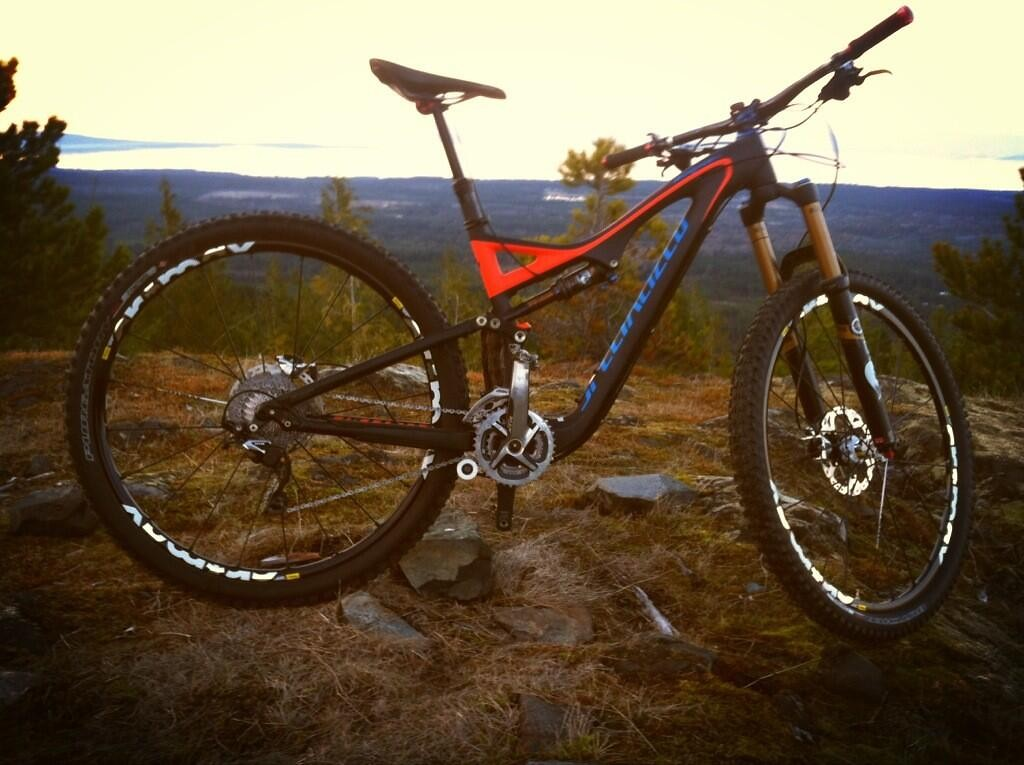 The Claw Rides a 29er! - sspomer - Mountain Biking Pictures - Vital MTB
