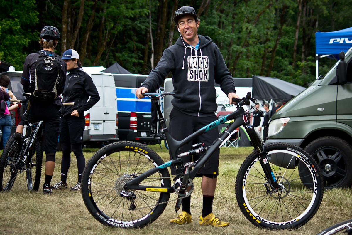 Nate Hills's Yeti SB66 Carbon - Even More Enduro Bikes from 2013 Hood River Oregon Enduro - Mountain Biking Pictures - Vital MTB