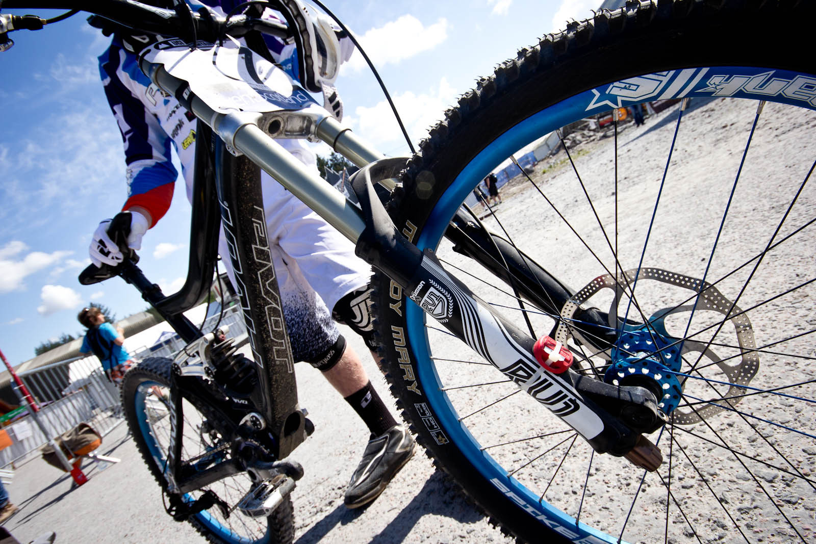 Bernard Kerr's X-Fusion RV1 DH Fork Prototype - 24 Pro DH BIkes from Fort William World Cup - Mountain Biking Pictures - Vital MTB
