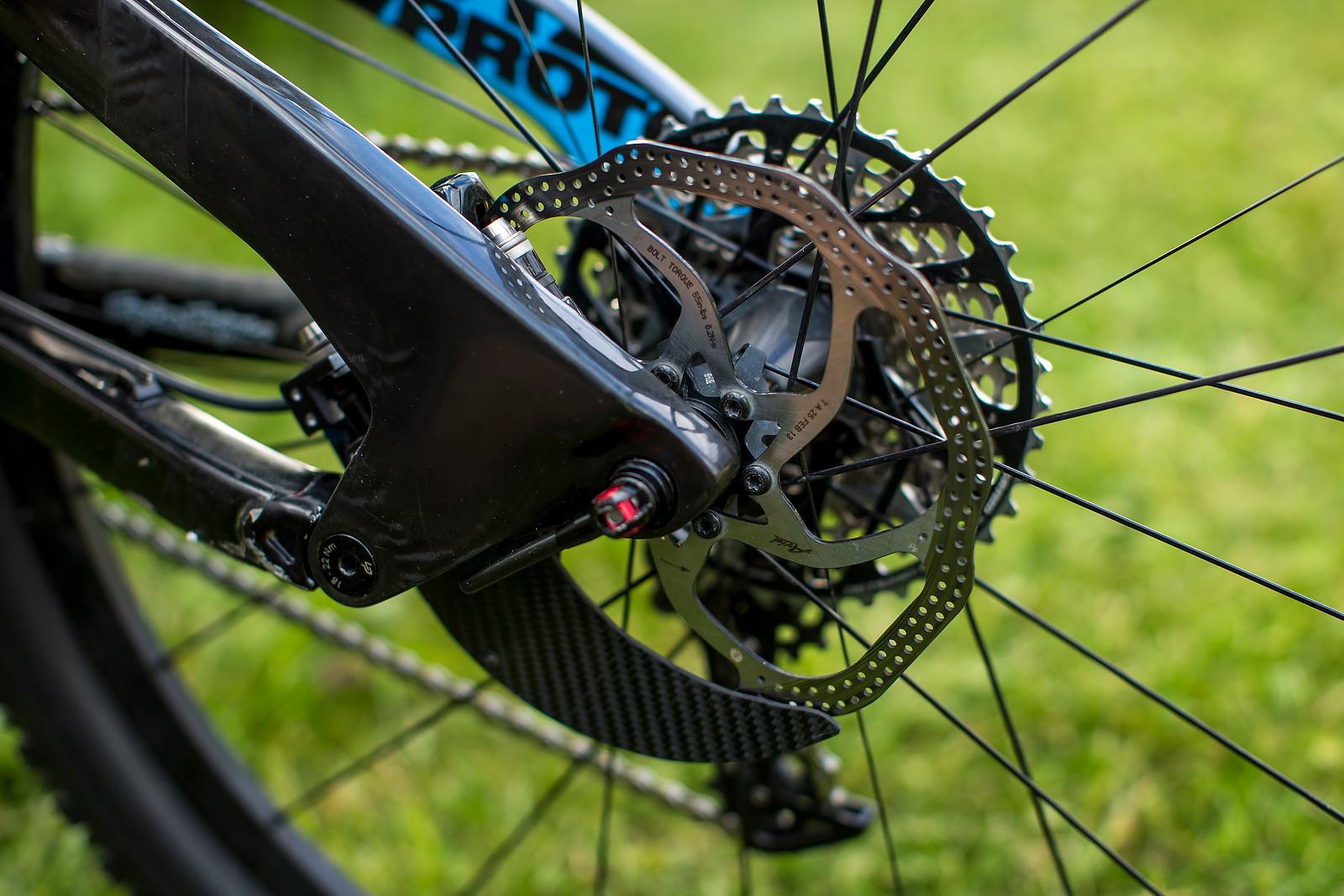 PIT BITS Val d'Allos Enduro World Series: Carbon Rotor Guard on Nico Vouilloz's Lapierre - Pit Bits: Enduro World Series Val d'Allos, France - Mountain Biking Pictures - Vital MTB