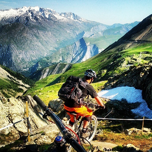 @RobParkinVideo Instagram Says Here's a Good Spot To Film - Enduro World Series Les 2 Alpes Pre-race Insight - Mountain Biking Pictures - Vital MTB