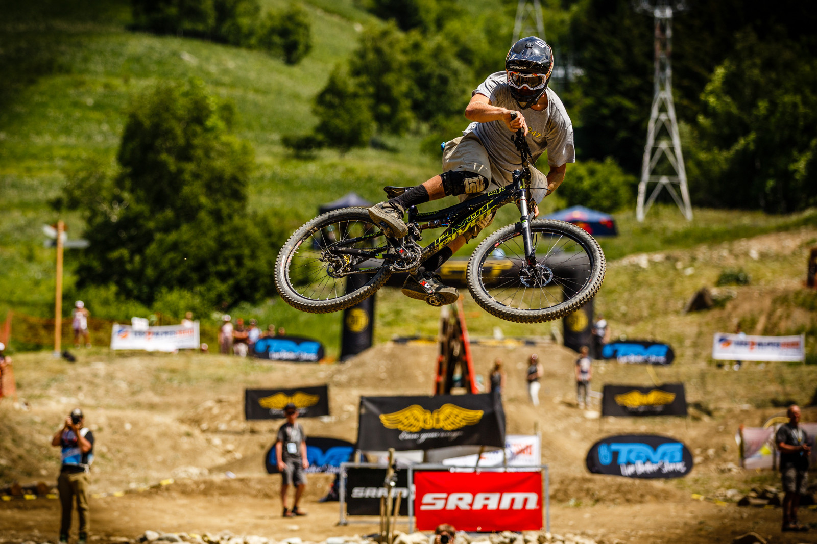 Dave McMillan 4th Place Clipped In at Crankworx L2A Dual Speed Style - Crankworx L2A Speed and Style Photos and Results - Mountain Biking Pictures - Vital MTB