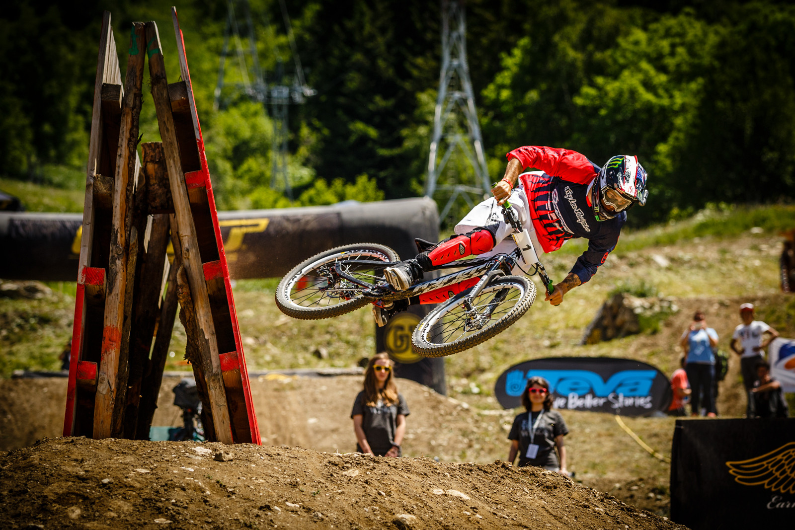 Cam Zink, Crankworx L2A Dual Speed Style - Crankworx L2A Speed and Style Photos and Results - Mountain Biking Pictures - Vital MTB