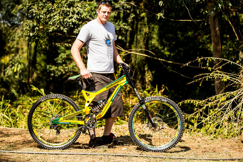 WORLD CHAMPS BIKE: Sam Hill's Nukeproof Pulse - WORLD CHAMPS BIKE: Sam Hill's Nukeproof Pulse - Mountain Biking Pictures - Vital MTB